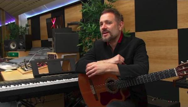 Tom Baxter in Studio